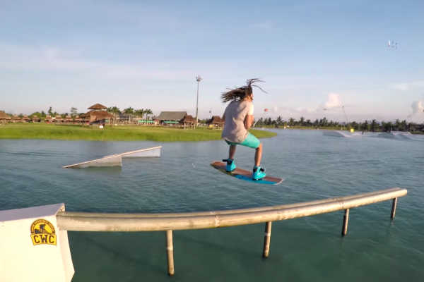VIDEO: Wakeboarding a wakeskating na Filipínách